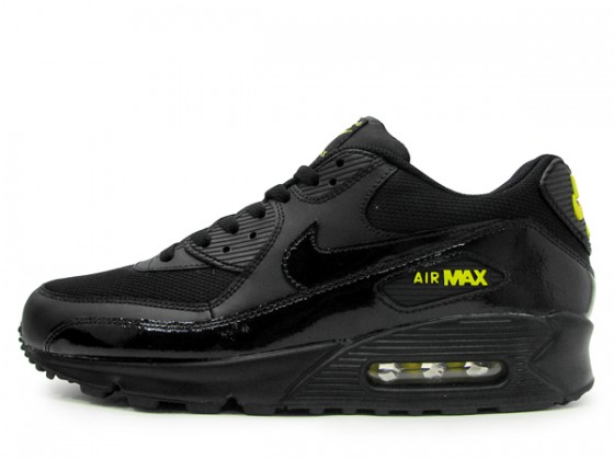 Nike Air Max 90 Black / Golden Sash - květen 2012