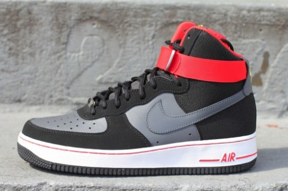 Nike Air Force 1 High – Black – Dark Grey – Fire Red // Již velice brzy