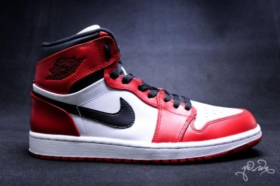 "Air Jordan 1 Retro High ""Bulls"" / Detailní fotky, release date, cena!"