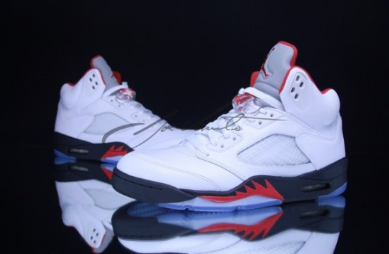 Air Jordan V Retro Fire Red / Release date info
