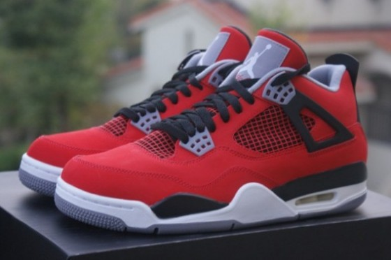 "Air Jordan 4 Retro ""Fire Red Nubuck"" / Preview"