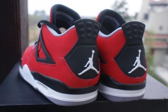 "Air Jordan 4 Retro ""Fire Red Nubuck"" / Preview"