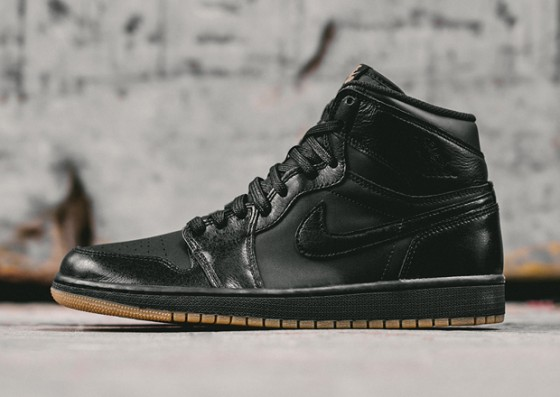 Air Jordan 1 Retro High OG Black/Gum / Release info