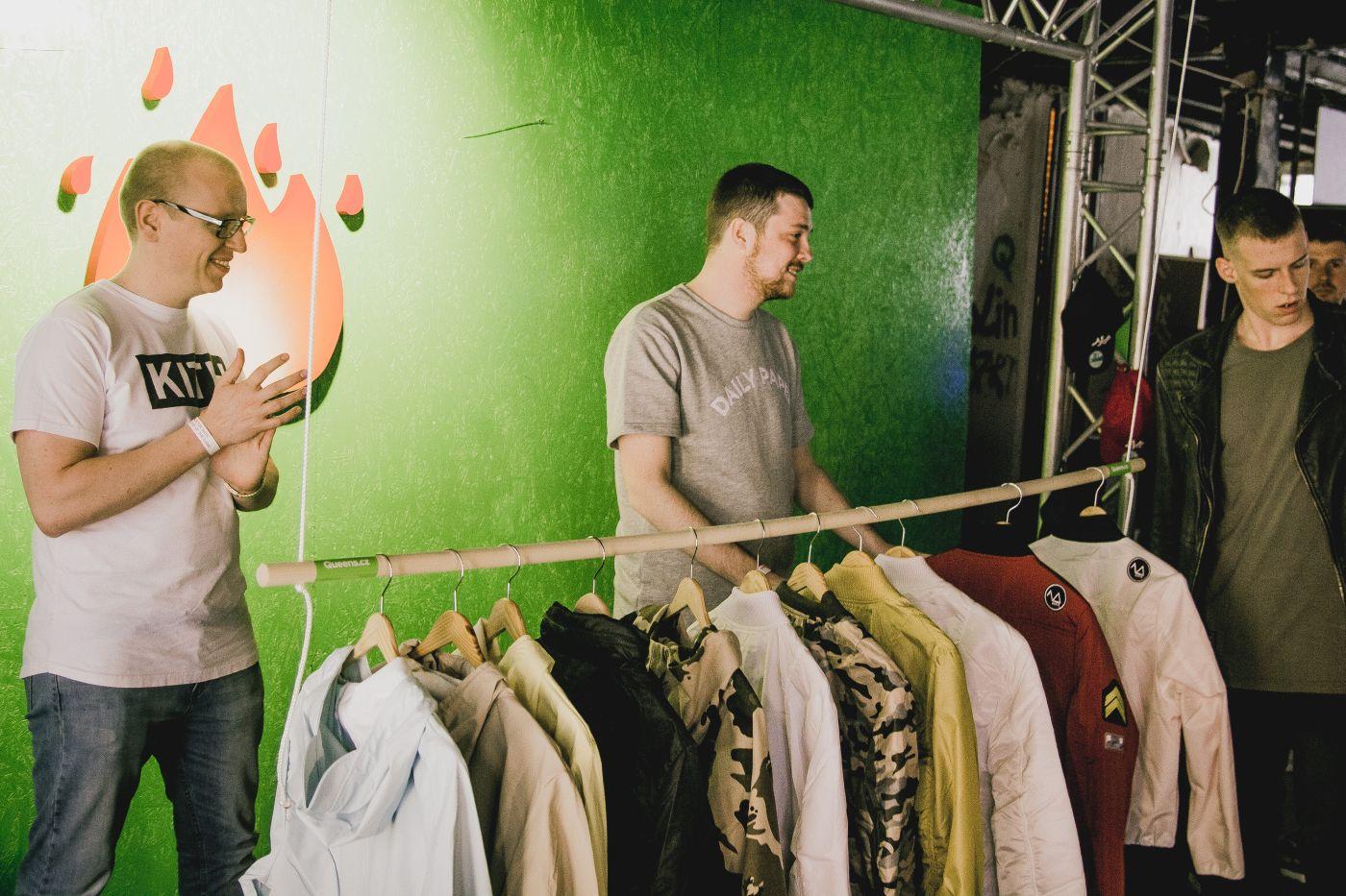 FASHION DEALã | Bratislava | Víkend plný fashion, sneakers a hranolek