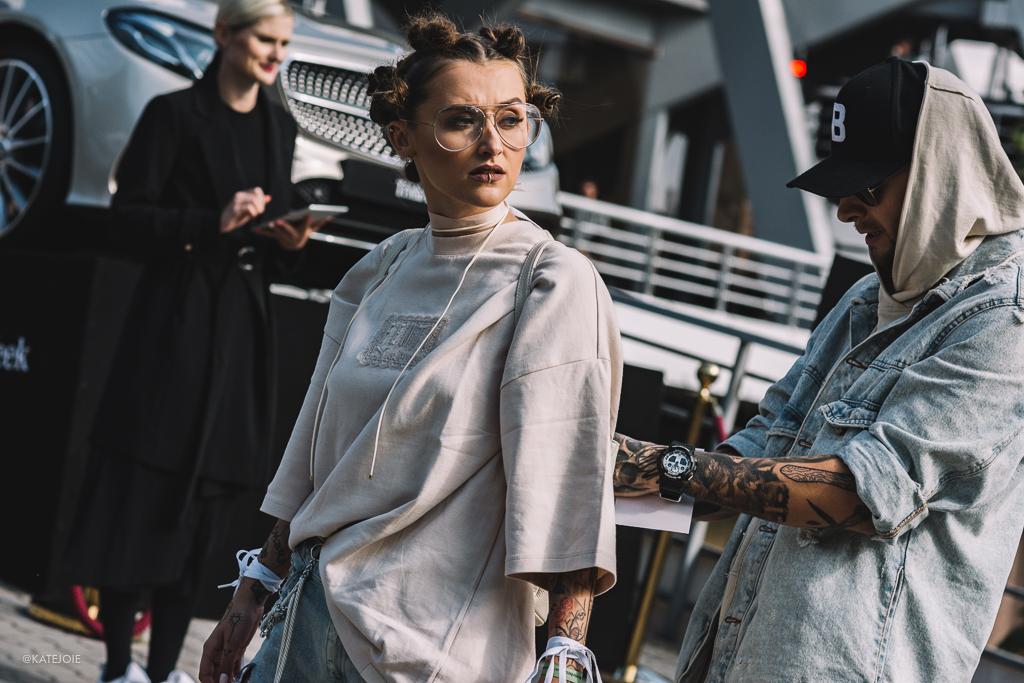Fashion Week. Od hlavy až k patě.
