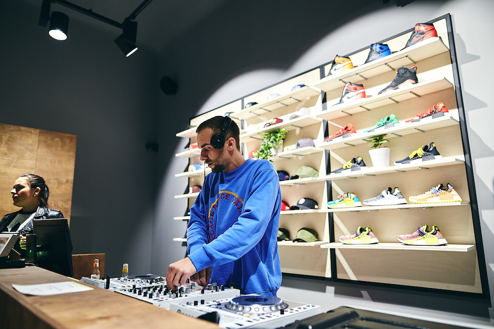 Queens Flagship Store