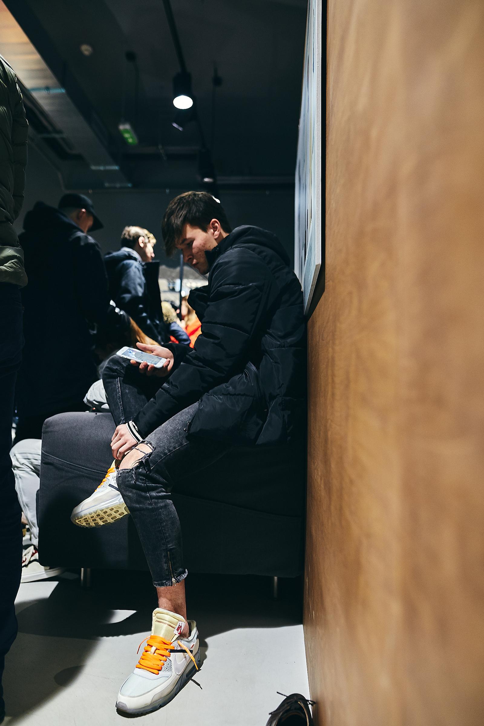 Díky! Report z releasu adidas Holi Blank Canvas pack
