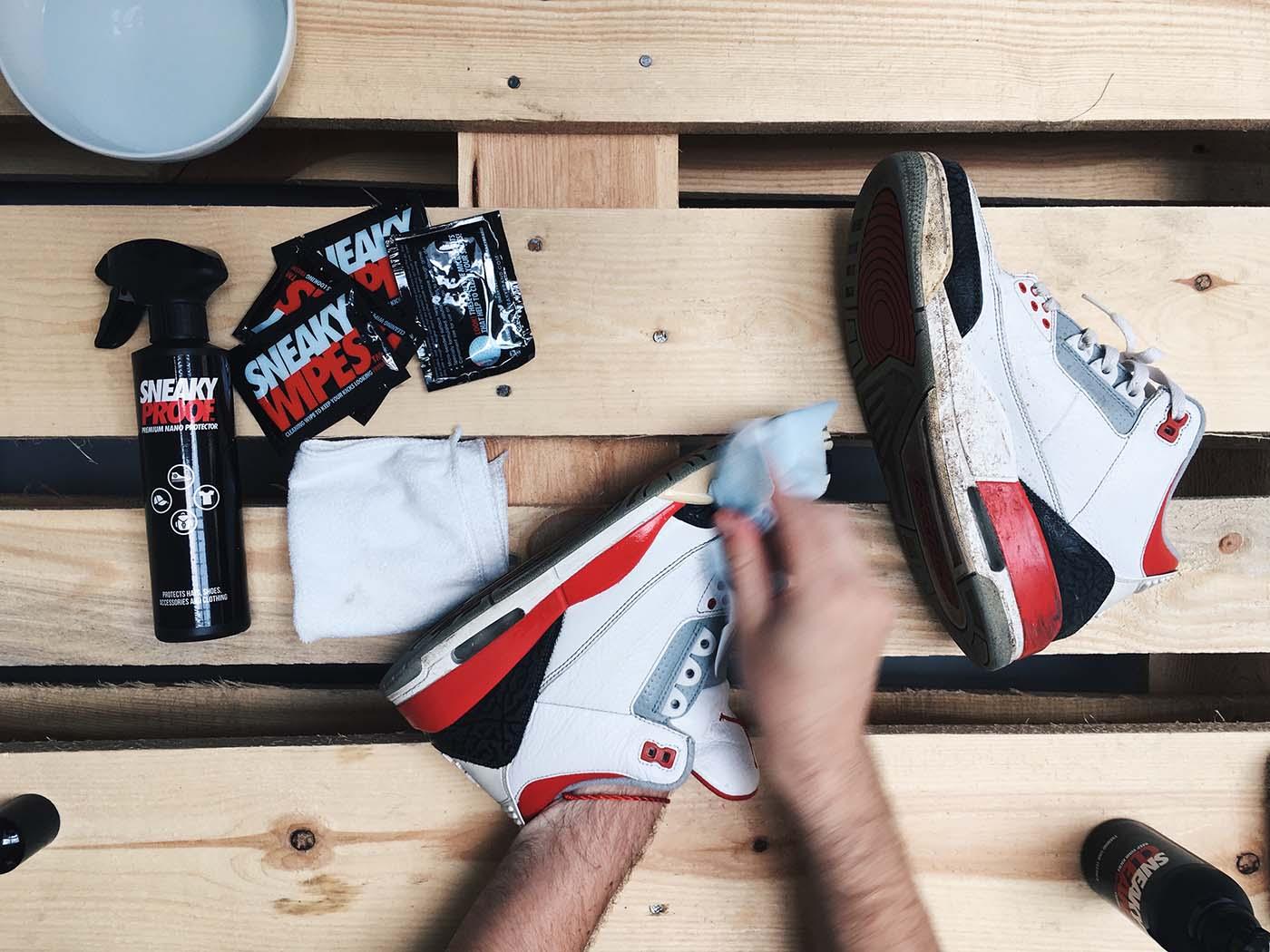Jak si vyčistit tenisky se SNEAKY