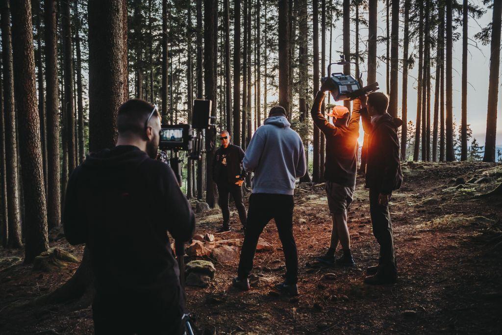 "Report z natáčení klipu ""Chápeš?!"" – Kali, Vladimir 518, IronKap a Mike T."