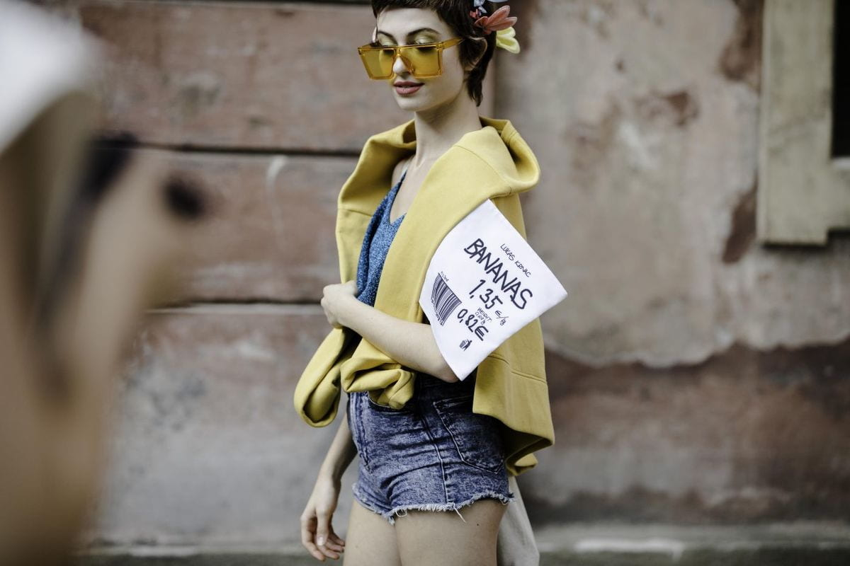 MBPFW streetstyle: Off-white, Heron Preston i kousky od českých návrhářů