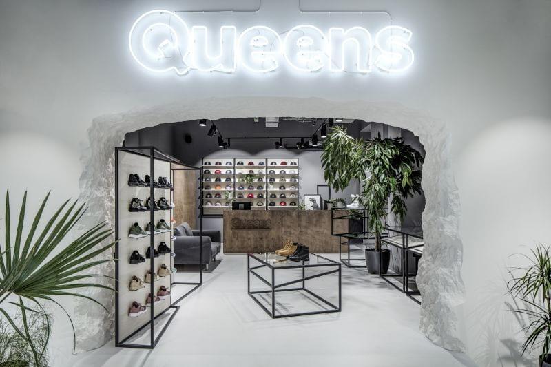 Máme trávu: Queens nejsou jen tenisky a streetwear