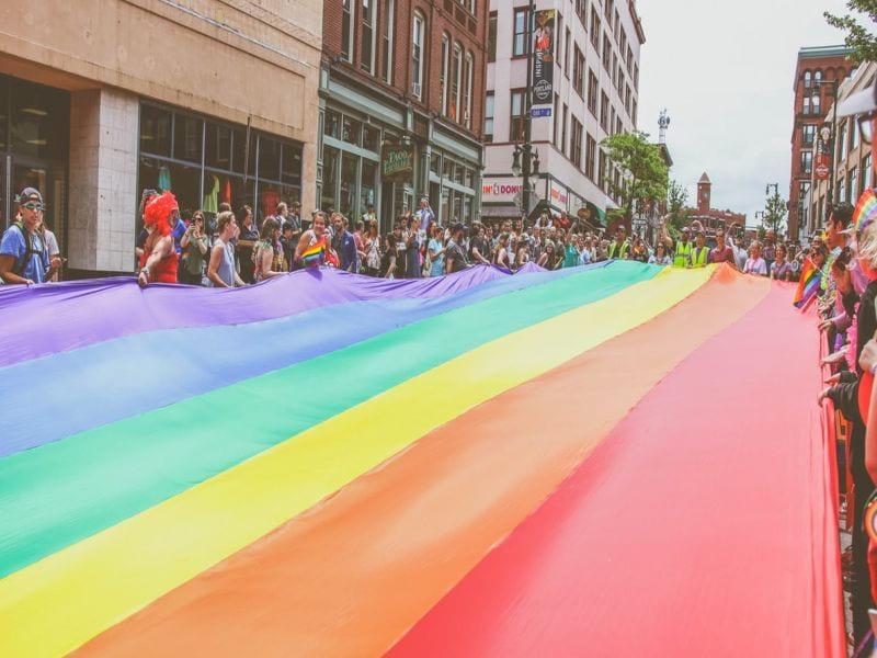 Proud Queens: Trocha historie nikoho nezabije - Pride Month a spol.