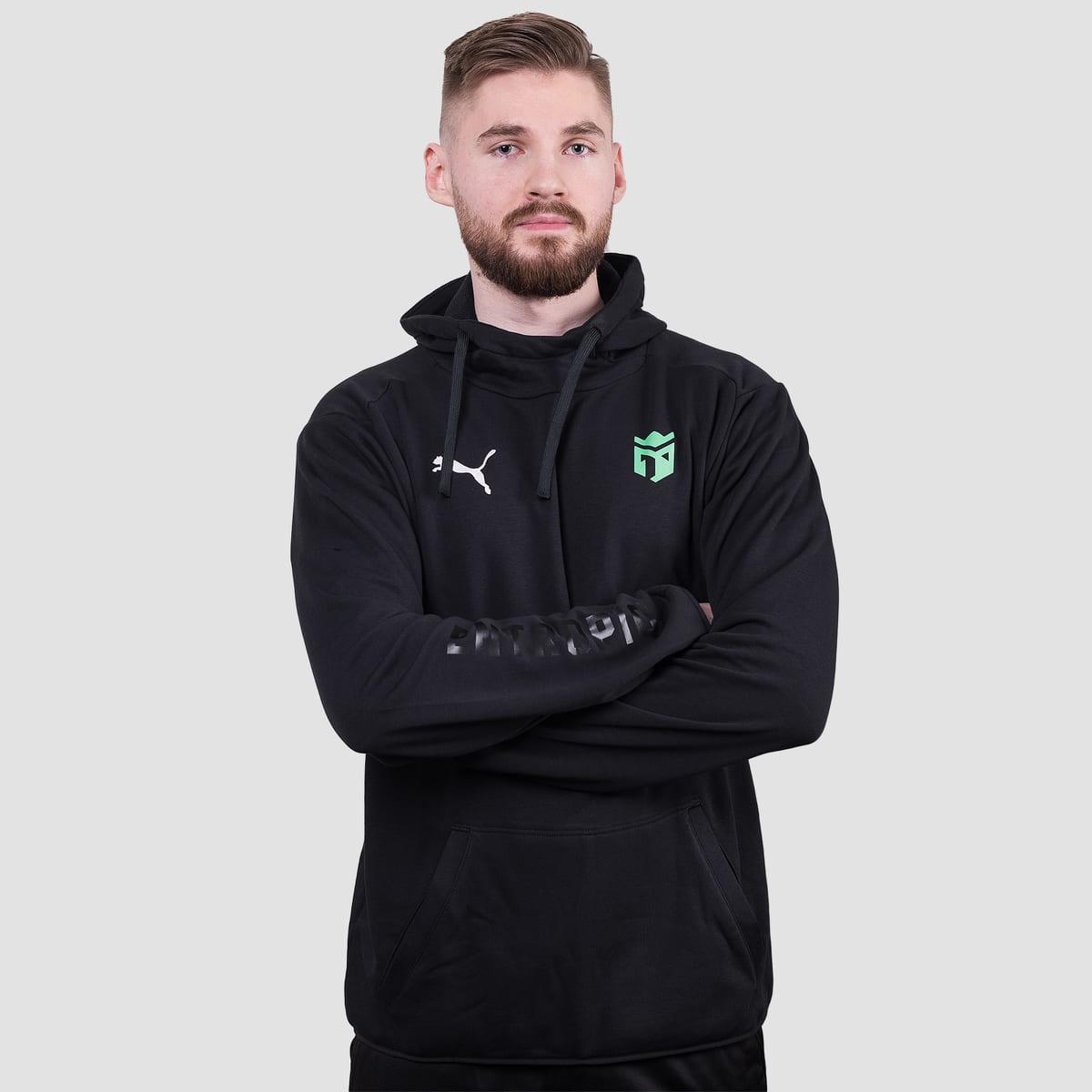Český esports tým Entropiq a značka PUMA mají společnou kolekci